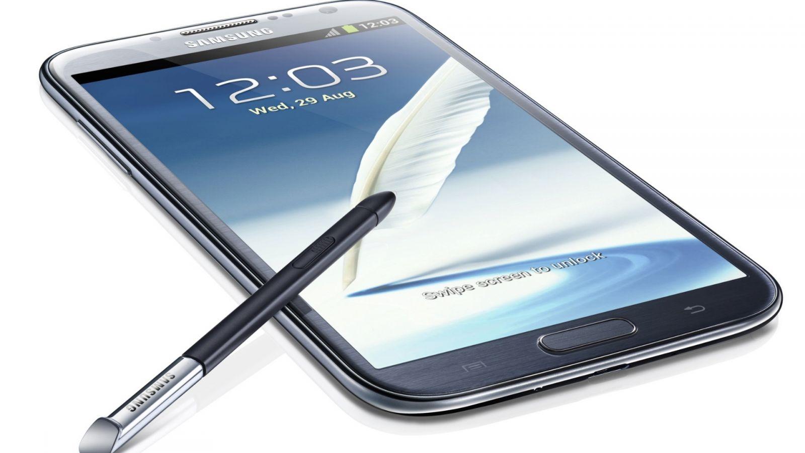 Samsung  Smartphone Inédito em Tela e Comando
