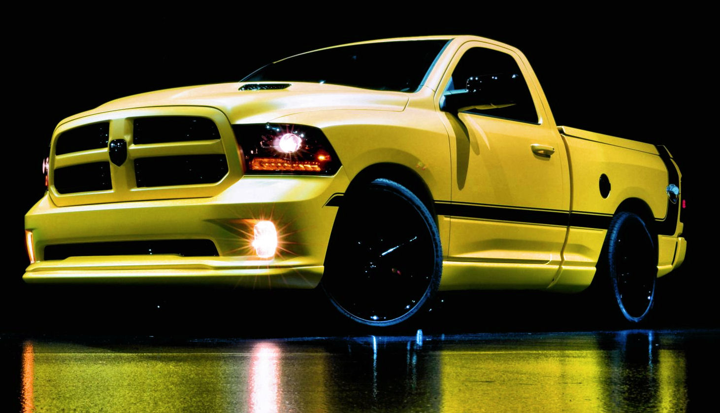 Chrysler RAM 1500 Rumble Bee Concept