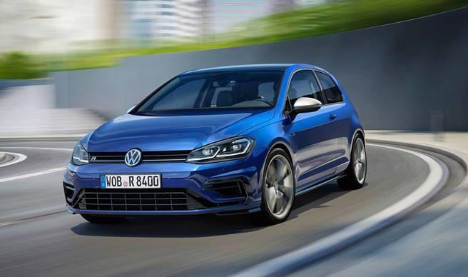 Volkswagen Golf 2019 • Carro Bonito fab4842f37a
