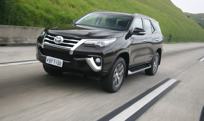 Nova Toyota Hilux SW4 2016 – Preço e Novidades • Carro Bonito