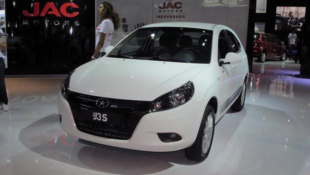 Novo JAC J3