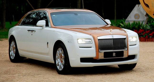 Rolls-Royce Ghost Chengdu Golden Sunbird Edition