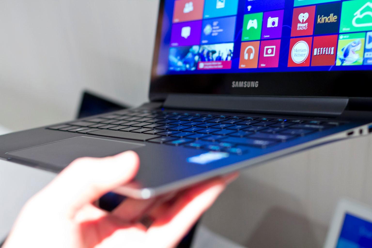 Notebook samsung lançamento 2013 - Os Pre Os Desses Notebooks Variam De Acordo Com Cada Modelo O Valor Oscila Entre R 1 399 00 E R 3 999 00