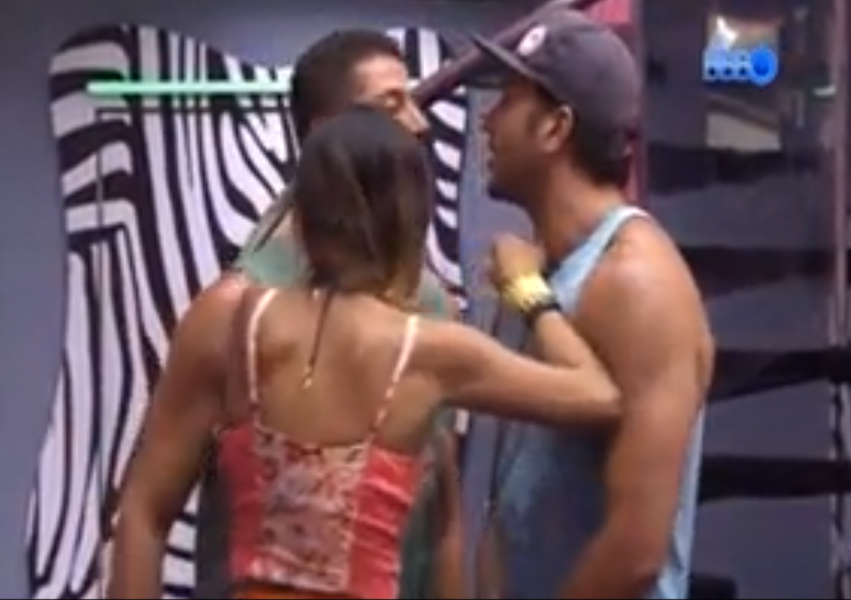 bbb261(1) BBB14 Vídeo   Briga entre Marcelo e Júnior na festa de sábado do Big Brother