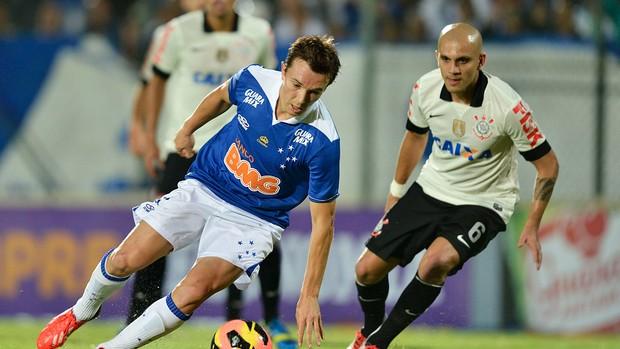 cru(1) Classificação Brasileirão 2013 Série A   Cruzeiro é o líder