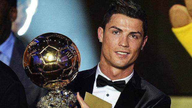Cristiano Ronaldo conquista o pr?mio Bola de Ouro