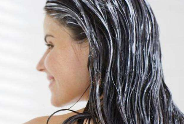 Hidratação nos cabelos