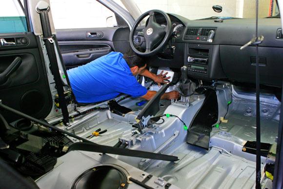 Limpar carro ap?s alagamento