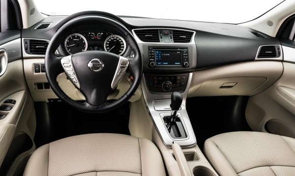 Nissan Sentra Unique 2016