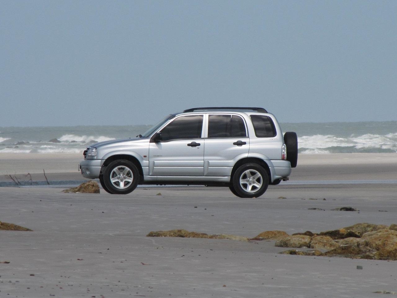 Carro na praia