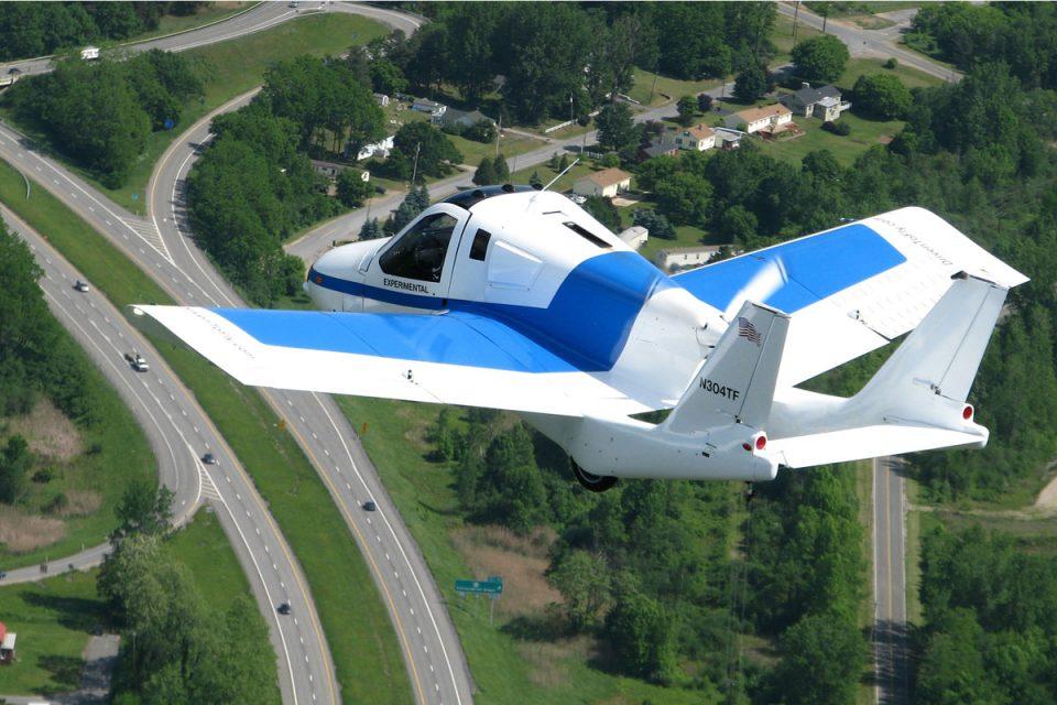 Carro voador Transition
