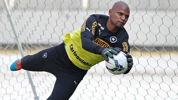 Jefferson renovou contrato com o Botafogo