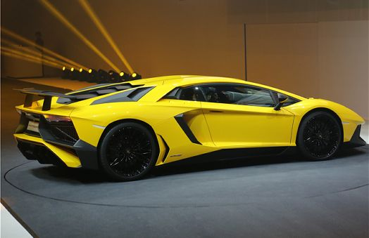 Lamborghini Aventador LP 750 4 Superveloce